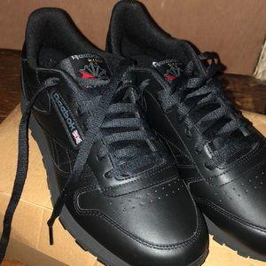 Reebok leather classics